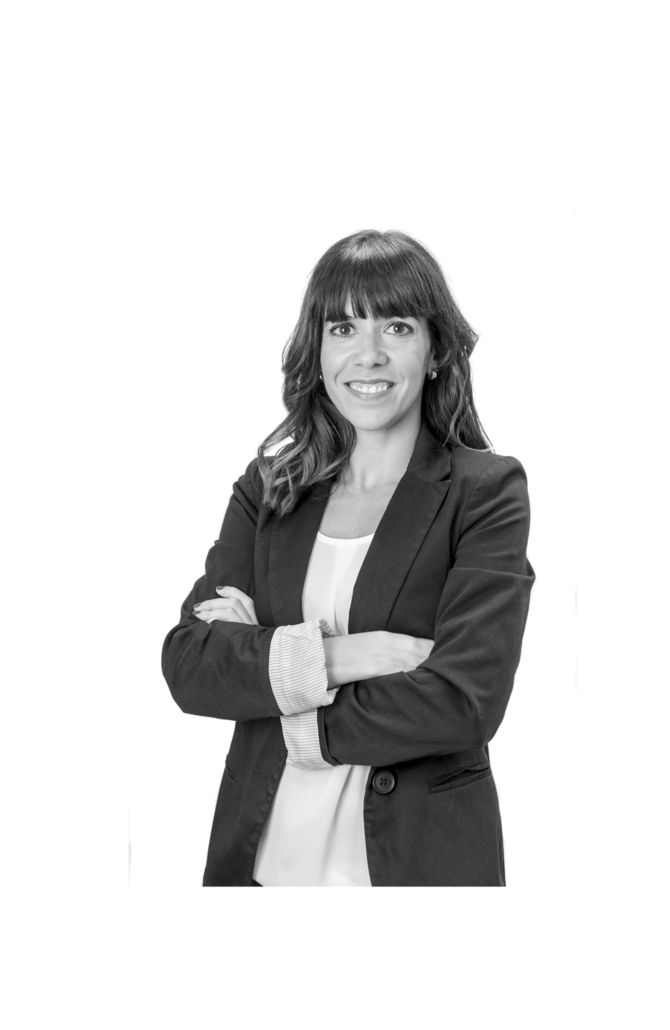Marta Velasco 670x1030 - Equipo de trabajo