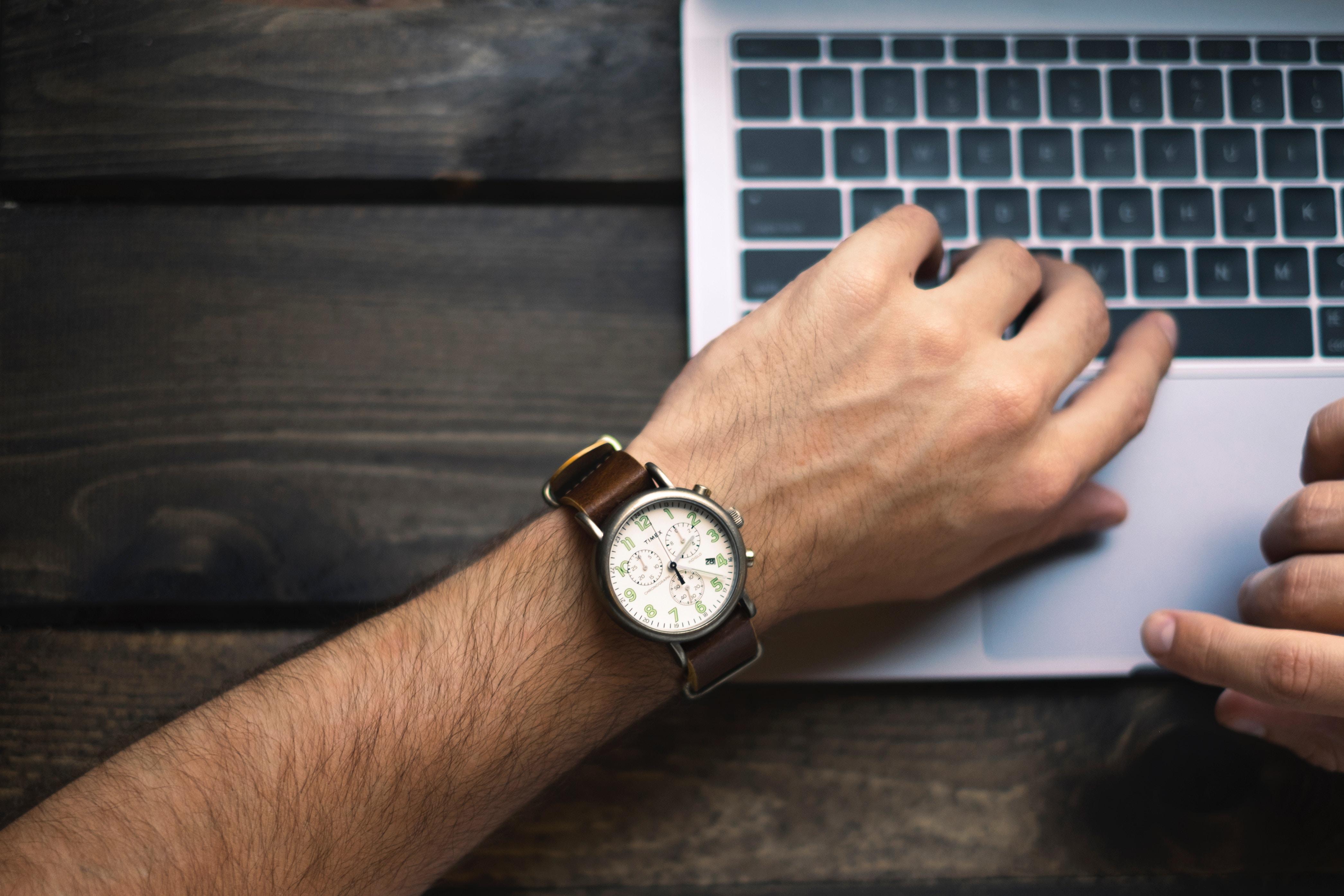 brad neathery 303623 unsplash - Guía para adaptarse a la nueva Ley sobre registro de jornada laboral