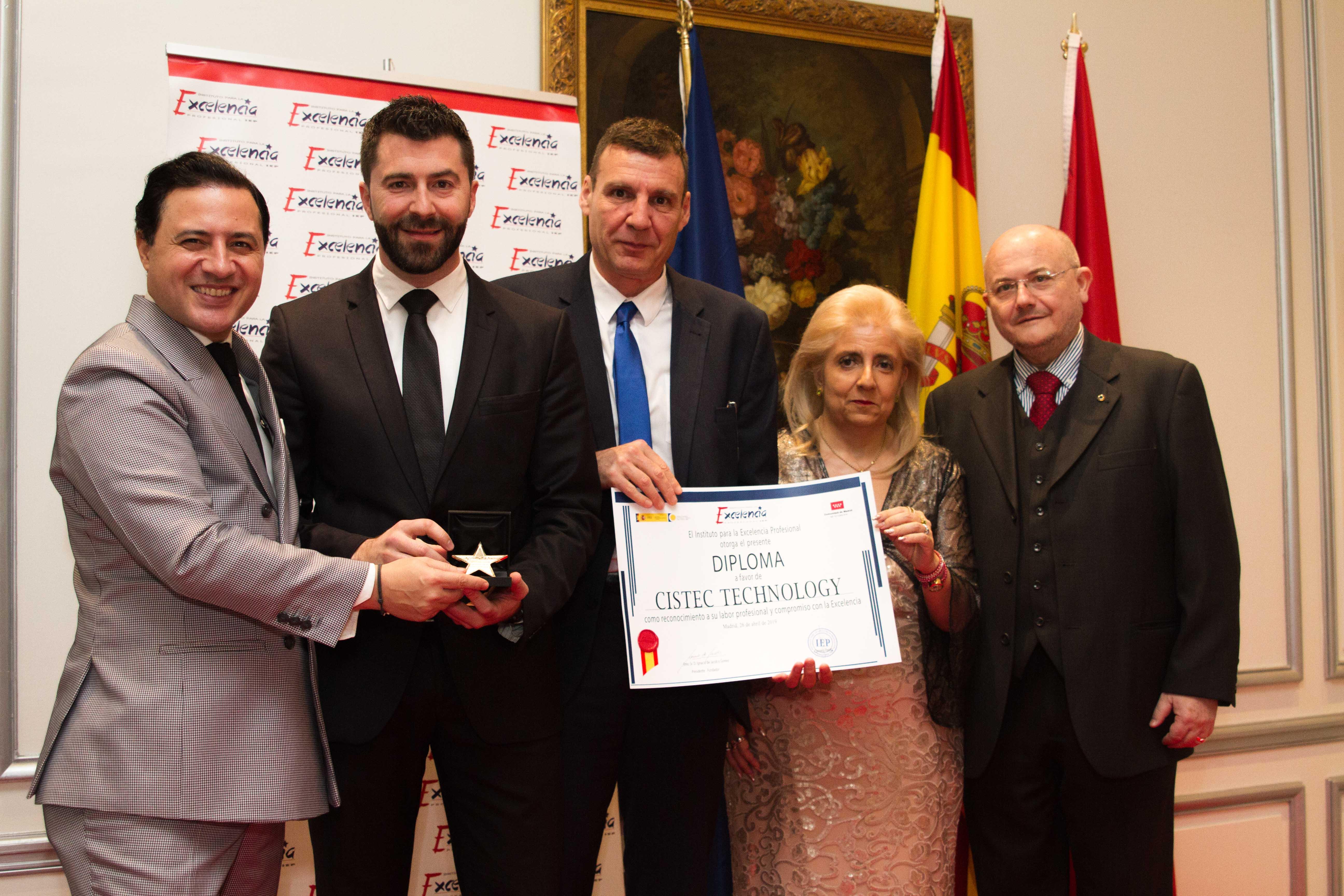 IEP CISTEC 1 - CISTEC recibe el premio a la excelencia profesional